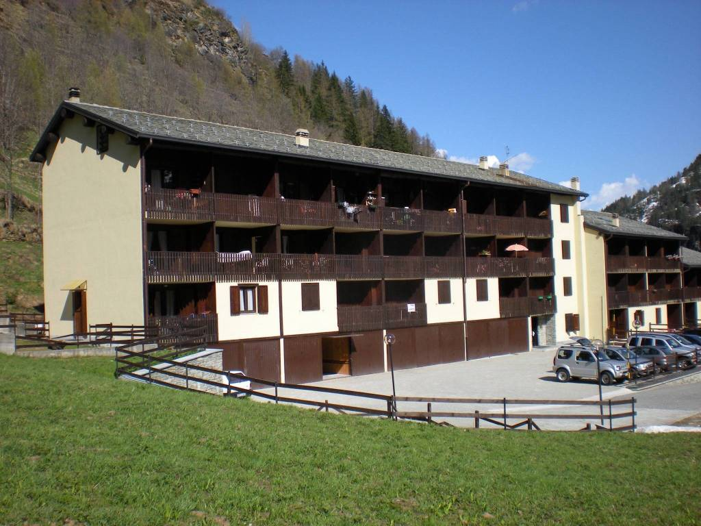 foto  Trilocale frazione Chardonney 128, Champorcher
