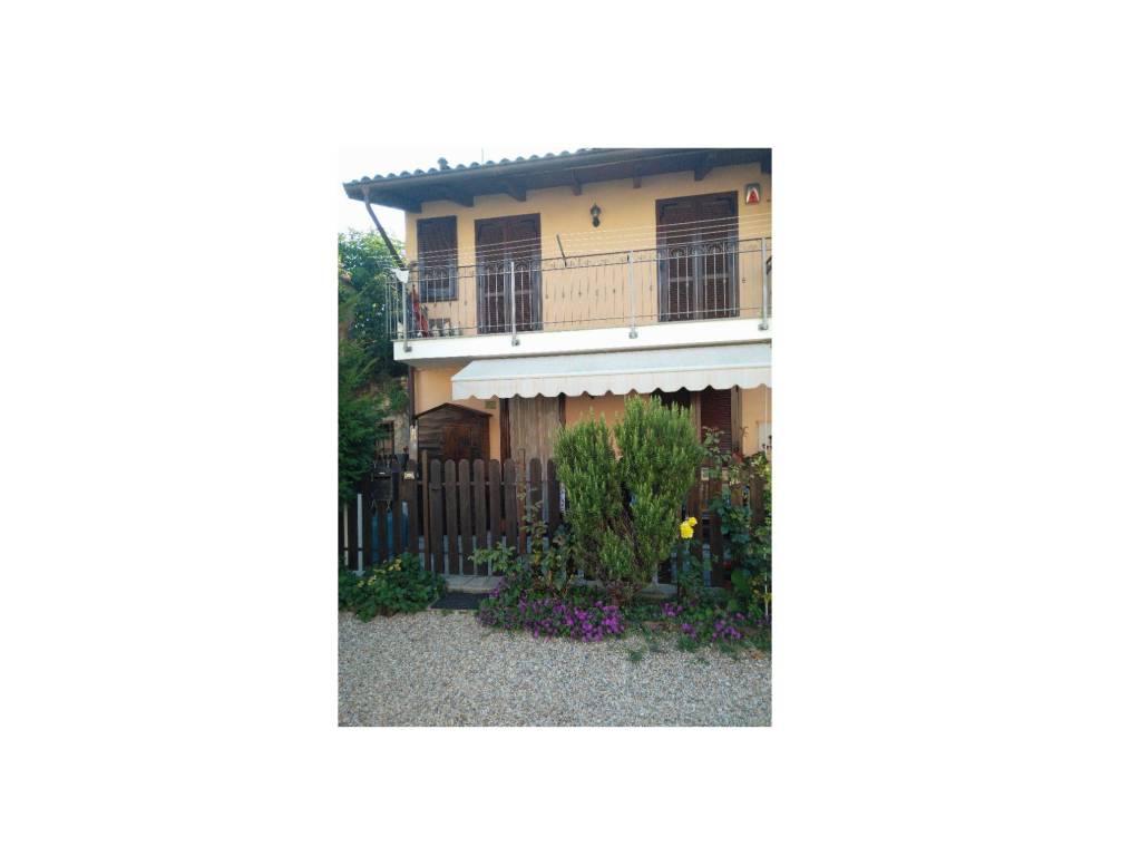 foto  Country house piazza del Borgo, Orbassano