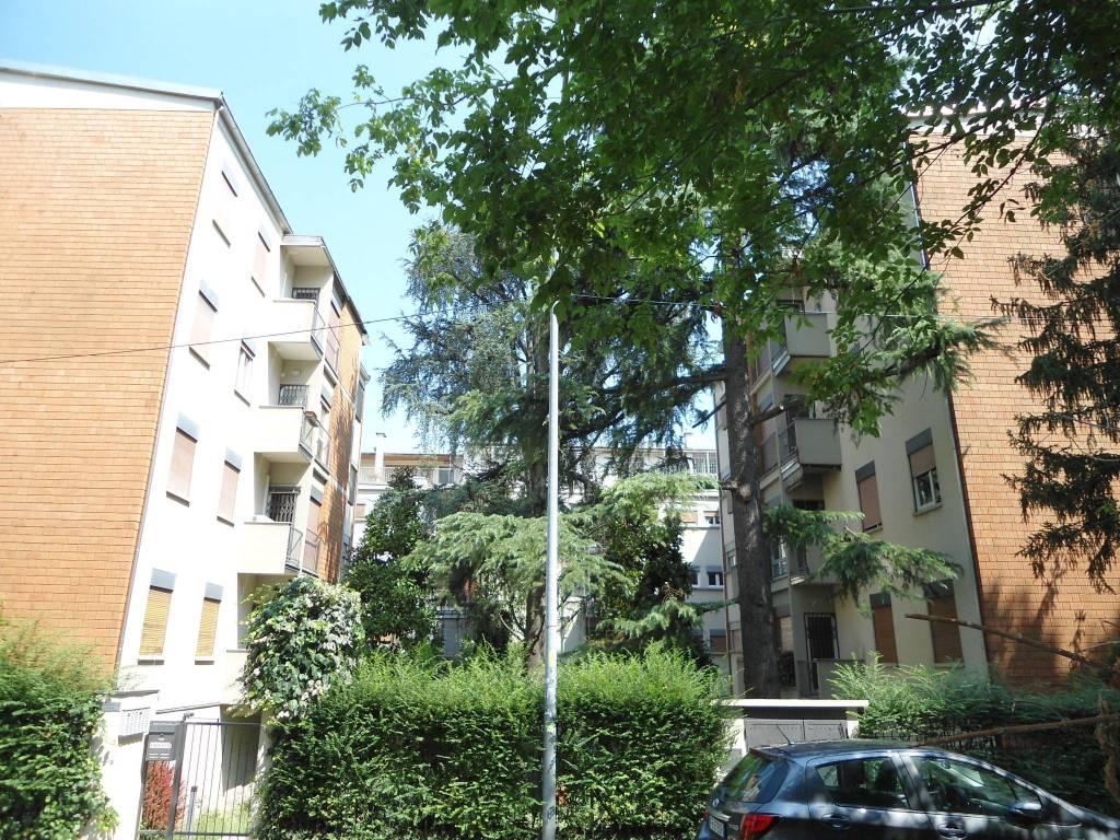 foto ESTERNO Apartment via Domenico Guglielmini 19, Bologna