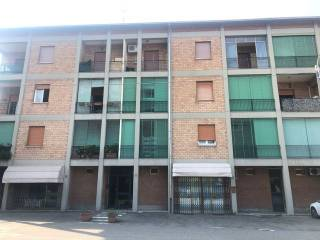 Photo - 4-room flat to be refurbished, second floor, Reggio Emilia