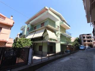 Foto - Apartamento T3 via Micene, Villa San Giovanni