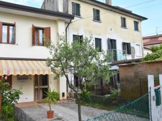 Foto - Villa a schiera via Roma, Maserada sul Piave