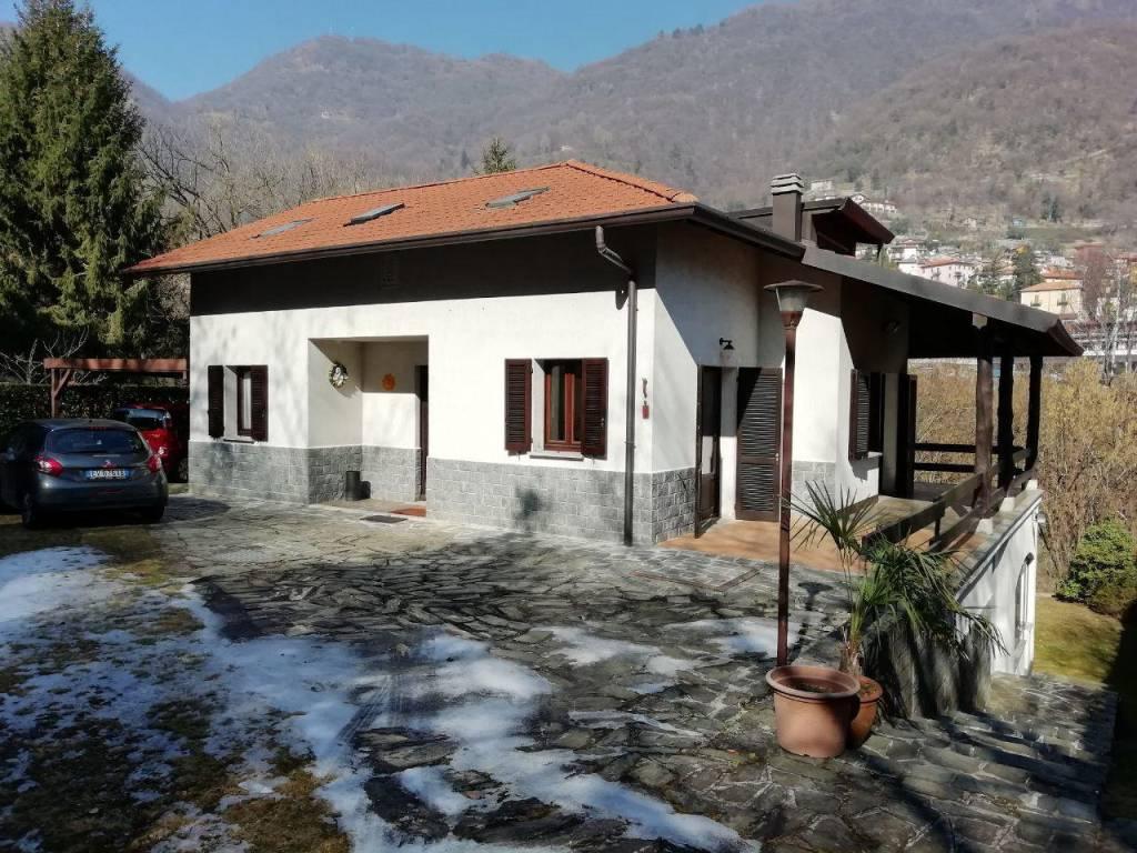 foto  Single family villa via Pizzo Gordona, Argegno