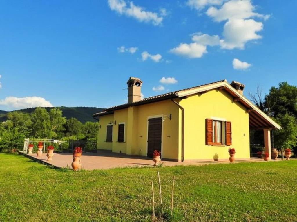 Vendita Villa unifamiliare in via Piave Spoleto. Nuova ...