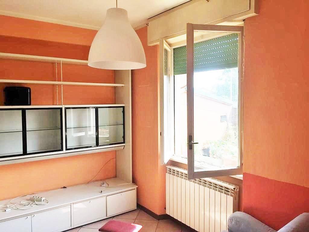 foto SOGGIORNO 2-room flat via Maria Ausiliatrice, Masate