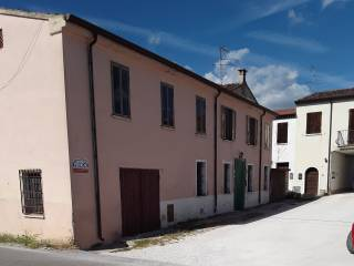 Photo - Detached house via Giuseppe Verdi, Castellucchio