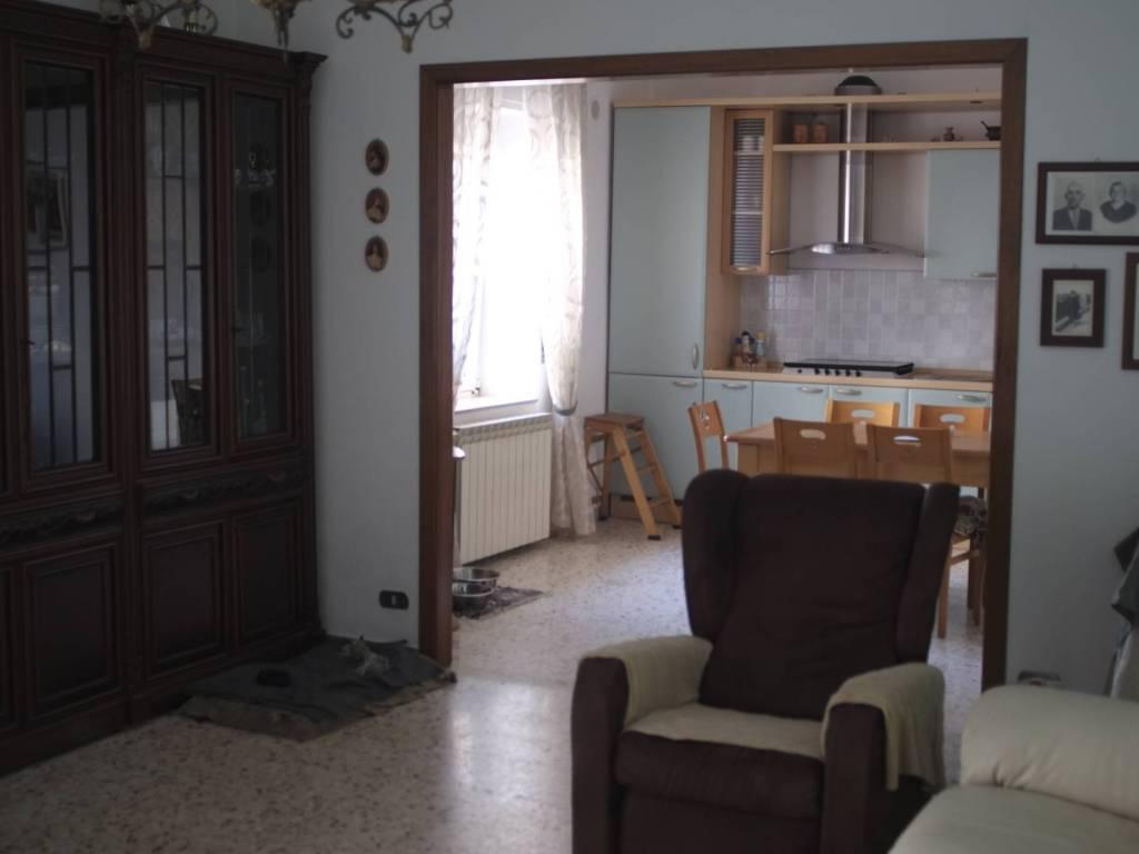 foto  Appartamento via Giovanni Pascoli 17, Mottola