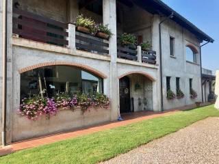Photo - Dairy farm, excellent condition, 540 sq.m., Osio Sotto