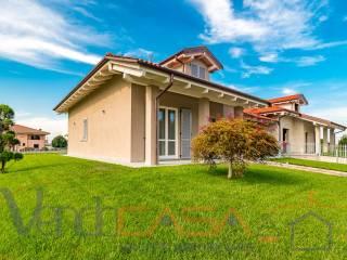 Foto - Villa bifamiliare via Strada Vecchia, Cherasco
