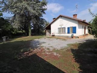 Photo - Detached house via regione Crosia 402, Centallo