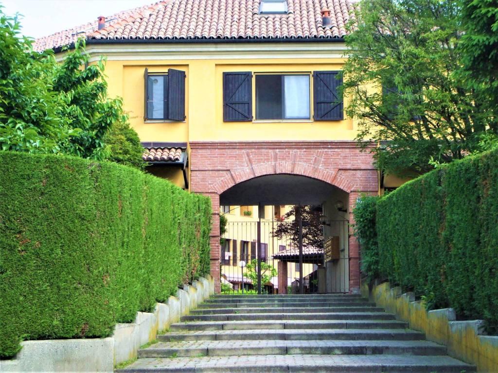 foto esterno Terraced house via della Fornace 51, Castiglione Torinese