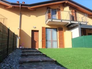 Photo - Terraced house via delle Fontane, Olgiate Comasco