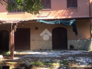Photo - Farmhouse, to be refurbished, 110 sq.m., Gallicano nel Lazio