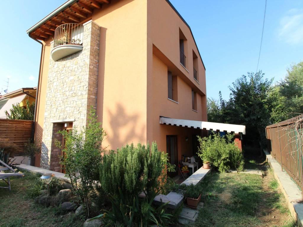 foto esterno Villa bifamiliare, ottimo stato, 250 mq, Erbusco