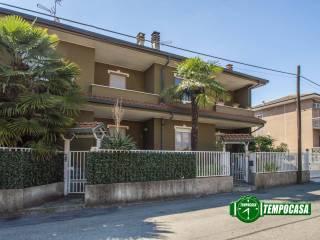Photo - Terraced house via Treviso 5, Senago