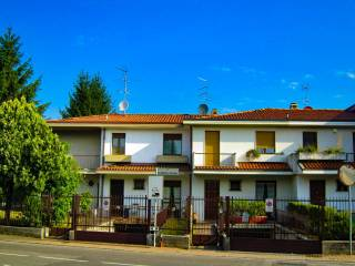 Photo - Terraced house via San Martino Vecchio, Torre Boldone