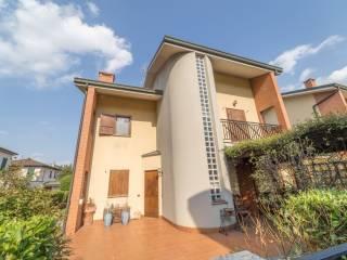 Foto - Villa unifamiliare via Giannetto Mattei 38, Arese