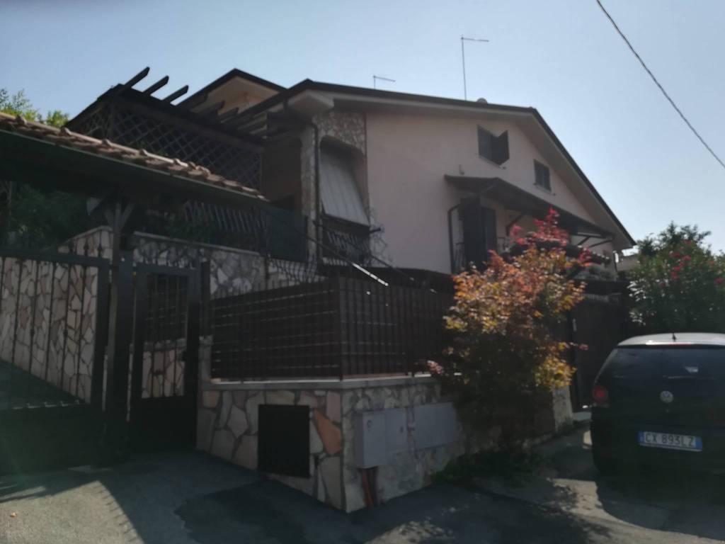 foto  Terraced house via Pietro Vannucci 8, Guidonia Montecelio