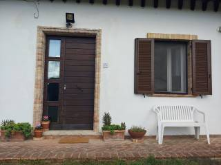 Photo - 2-room flat via Mausoleo, Spello