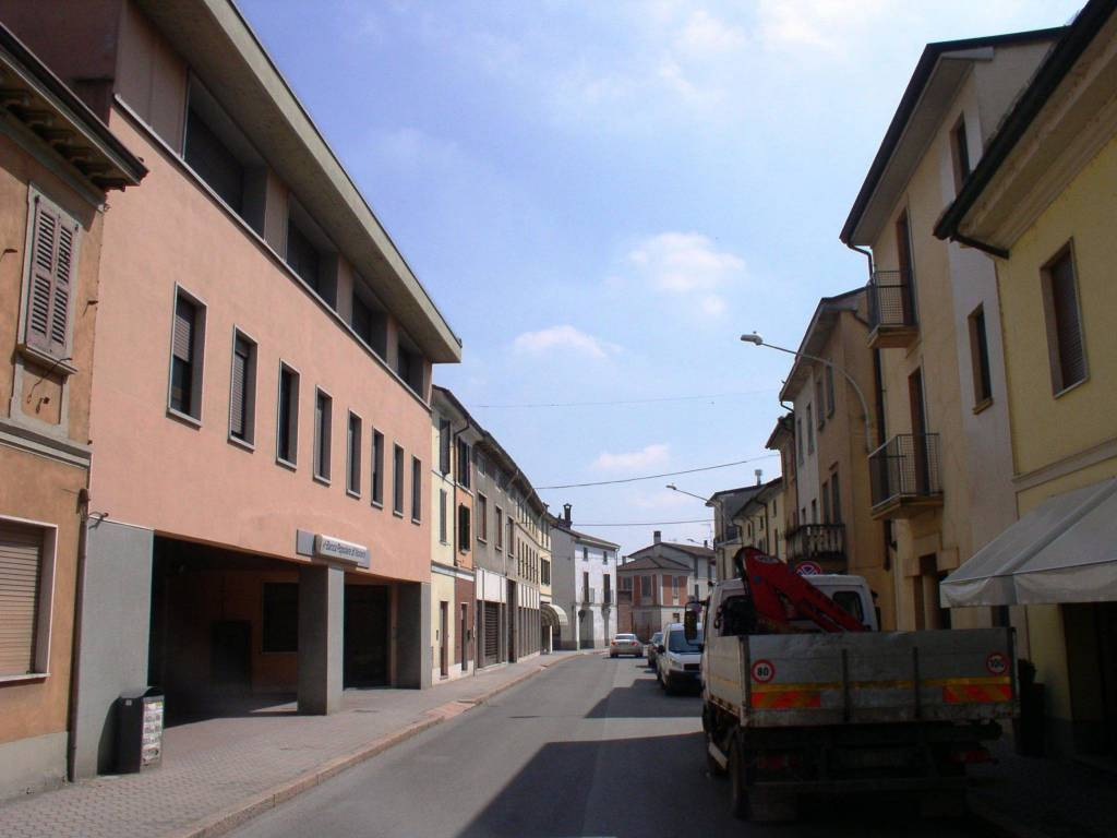 foto Vista strada 2-room flat via Felice Cavallotti 9-11, Pieve Porto Morone