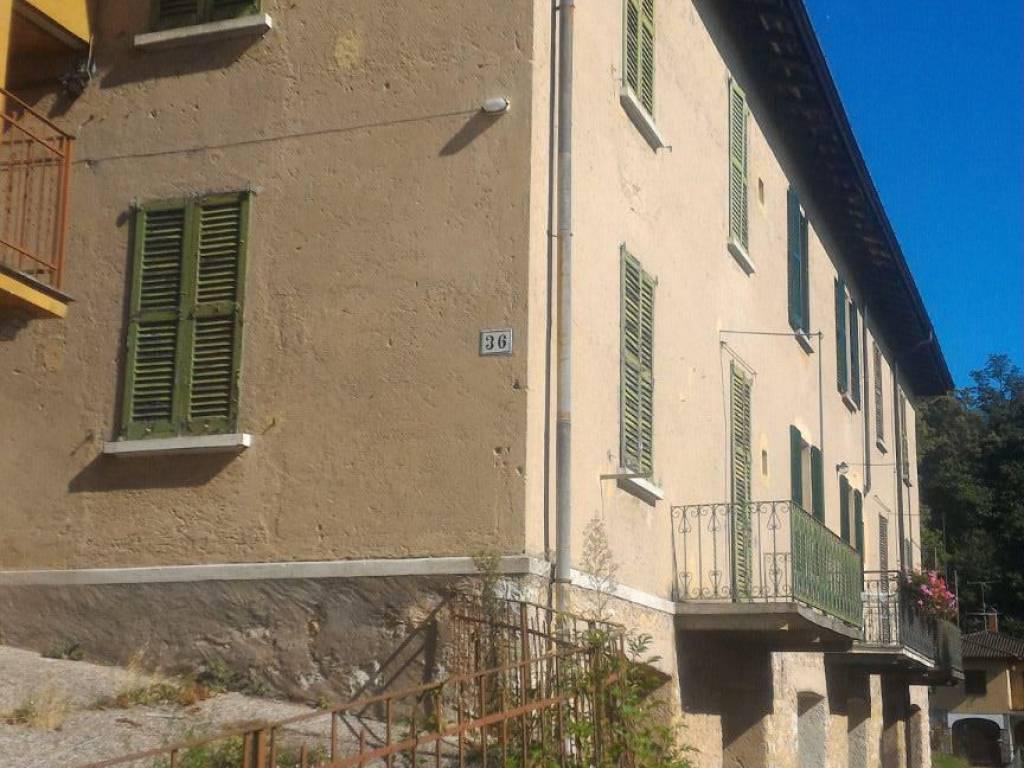 foto  Casa indipendente via Prima Cappella, Varese