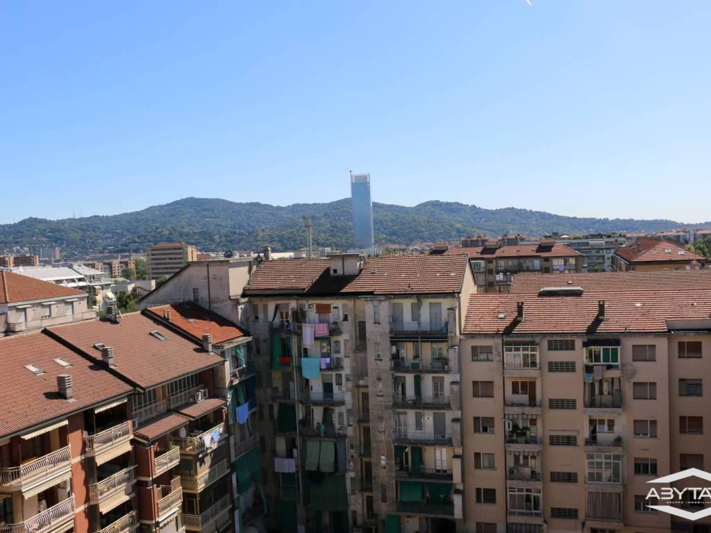 foto Vista Cortile Penthouse corso Unione Sovietica 361, Torino