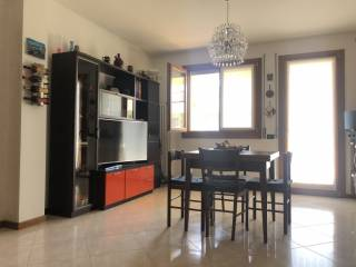 Photo - 3-room flat excellent condition, first floor, Tombolo