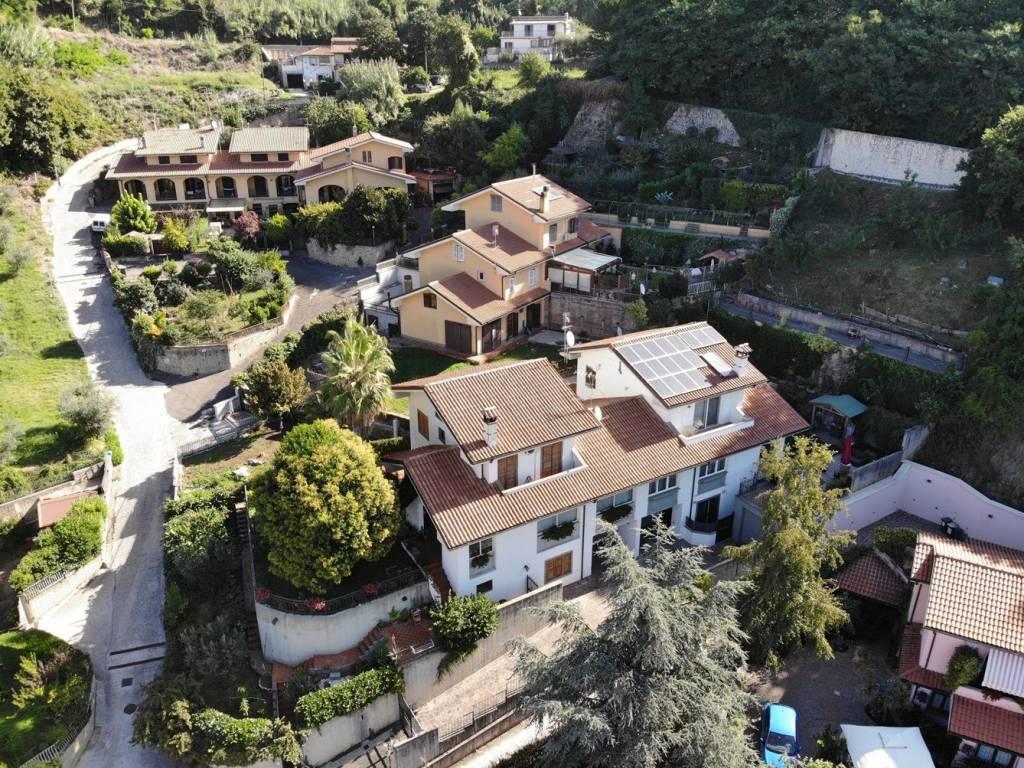 Vendita Villa bifamiliare Palestrina. Ottimo stato, posto ...