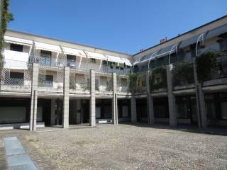 Photo - 3-room flat via Camillo Benso di Cavour 22, Gorgonzola