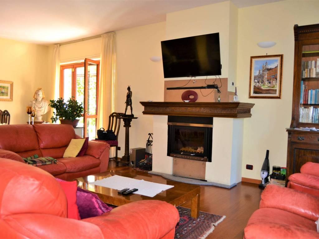 foto soggiorno Single family villa via Ruffini, Almese