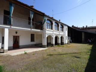 Photo - Country house via Regina Margherita 7, Piasco