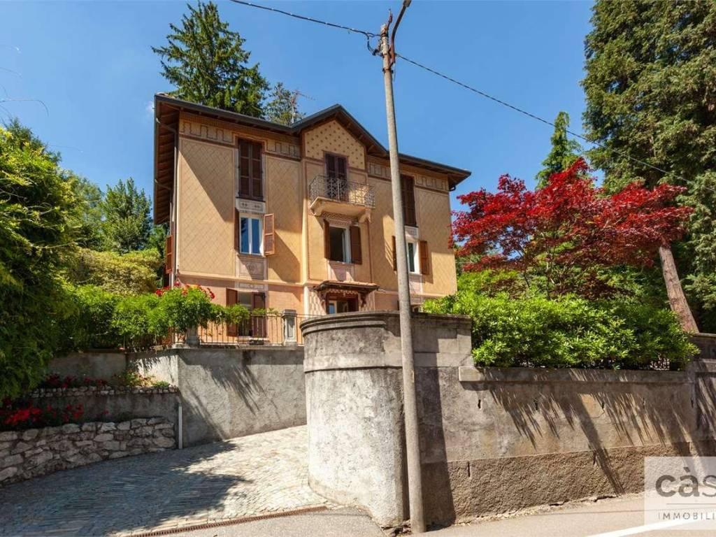 foto esterno Villa unifamiliare via Adige 10, Varese