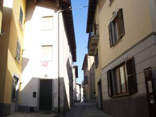 Photo - Detached house via Fratelli Calvi 13, Piazza Brembana