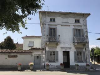 Photo - Single family villa via Alessandro Manzoni 11, Piovera