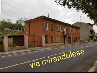 Photo - Building via Mirandolese 6, Borgo Mantovano