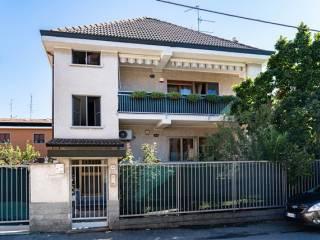 Фотография - Трехкомнатная квартира via Vittorio Alfieri 43, Nova Milanese