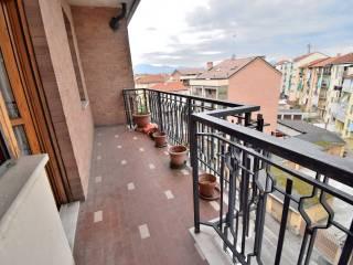 Foto - Piso de cuatro habitaciones via Palestro 34, Venaria Reale