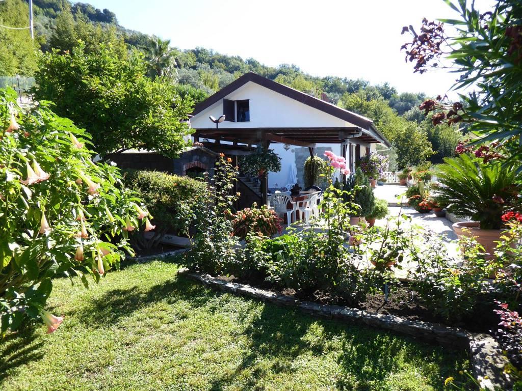 foto  Single family villa via Pian dei Mulini 8, Avegno
