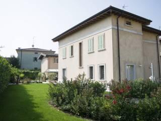 Foto - Casa indipendente via Broli di Sotto 3, Montichiari