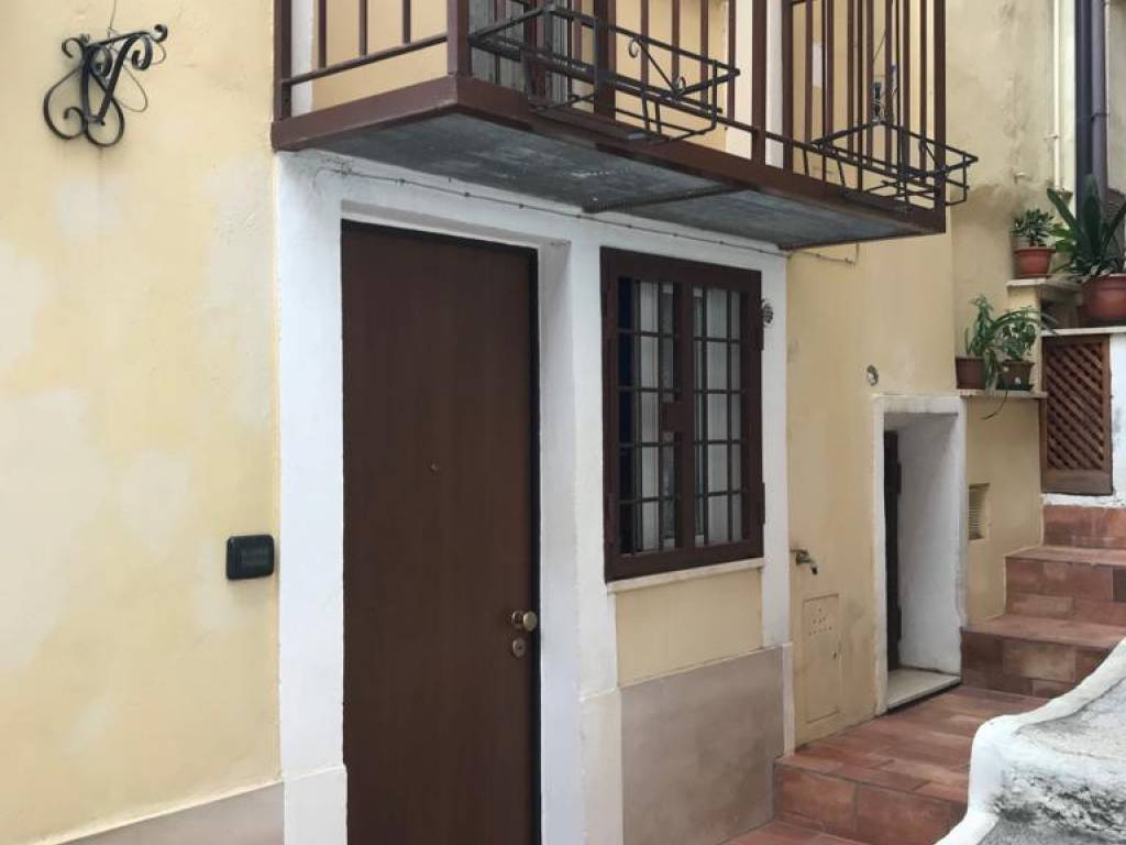 foto  2-room flat via Leonardo Cecconi, Palestrina