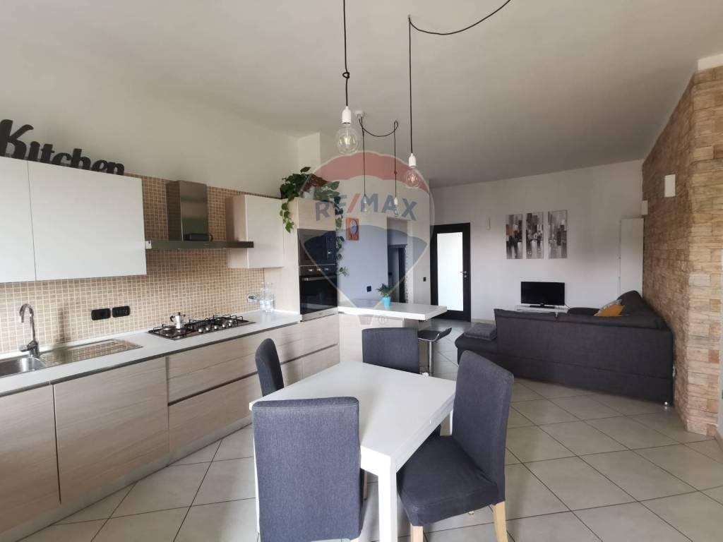 foto FOTO 3-room flat via po, 40, Nichelino