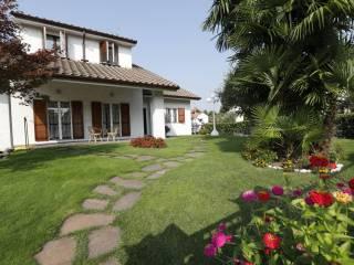 Photo - Single family villa, excellent condition, 270 sq.m., Baranzate