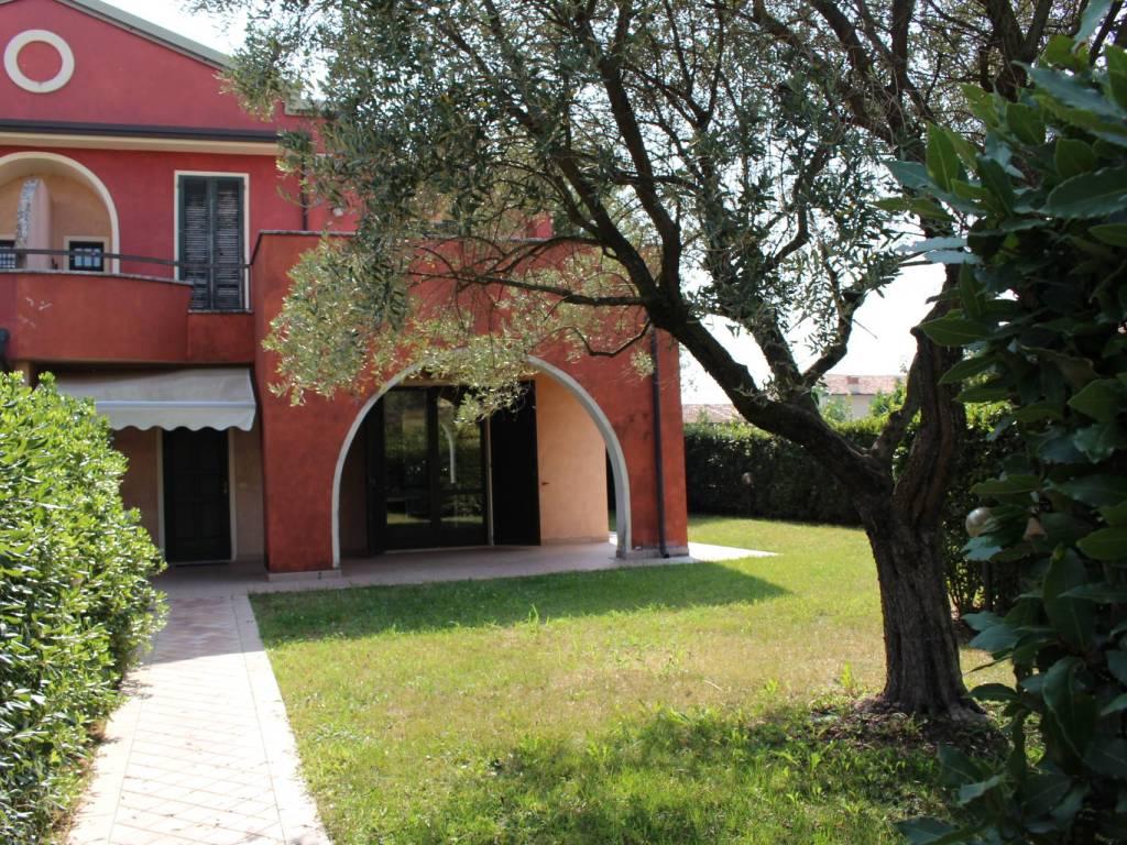Case in vendita a Calvagese della Riviera in zona Carzago