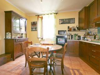 Photo - 3-room flat via Andrea Appiani, Merone