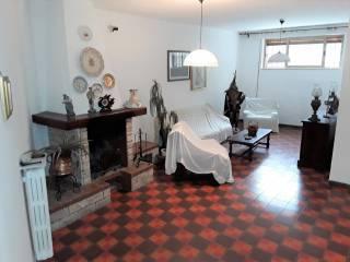 Foto - Villa unifamiliare traversa Alcide De Gasperi 378, Carbonara di Bari, Bari