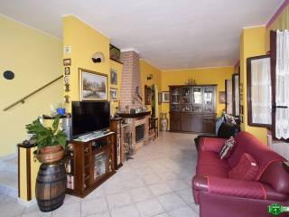 Photo - Single family villa via Valleambrosia, Valleambrosia, Rozzano