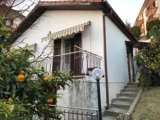 Photo - Single family villa, good condition, 76 sq.m., Costarainera