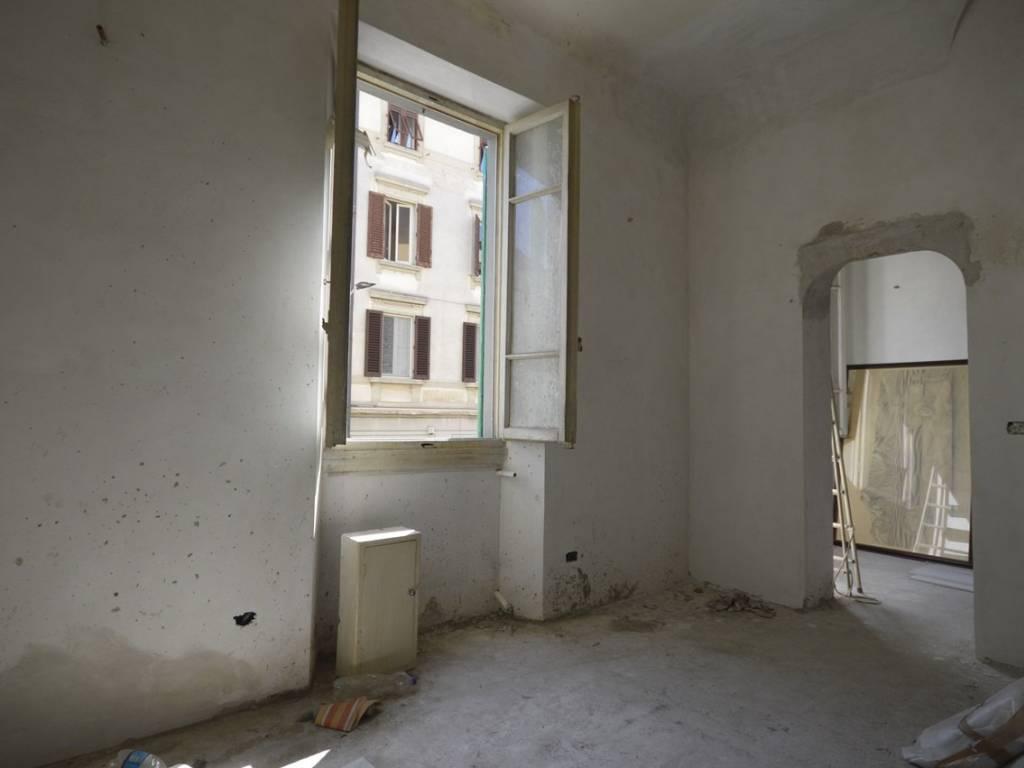 Vendita Appartamento Firenze Quadrilocale In Via Vincenzo