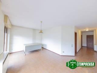 Photo - 3-room flat via Gigi Borgomaneri, Motta Visconti