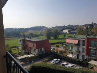 Photo - 4-room flat via per Cantù 10, Cucciago